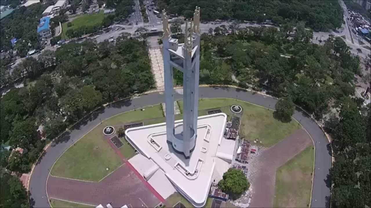 Que ver, hacer y visitar en Círculo memorial a Quezón
